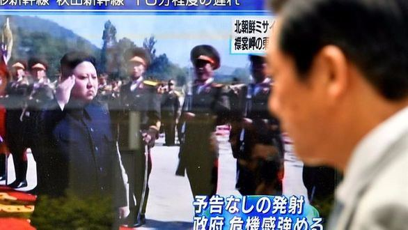 Seúl responde a los ataques norcoreanos con maniobras de bombardeo