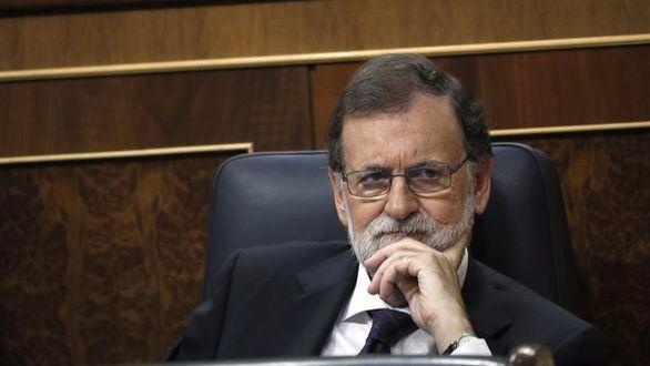 Rajoy reta a la oposición a que presente una moción de censura