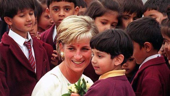Se cumplen 20 años de la muerte de Diana de Gales, la princesa del pueblo británico
