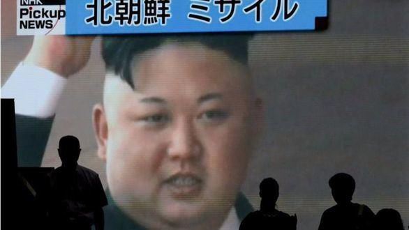 Corea del Norte lanza un nuevo misil sobre Japón