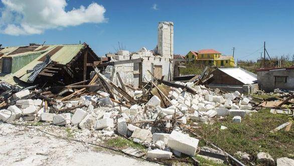 El huracán María toca tierra en Puerto Rico y deja dos muertos a su paso