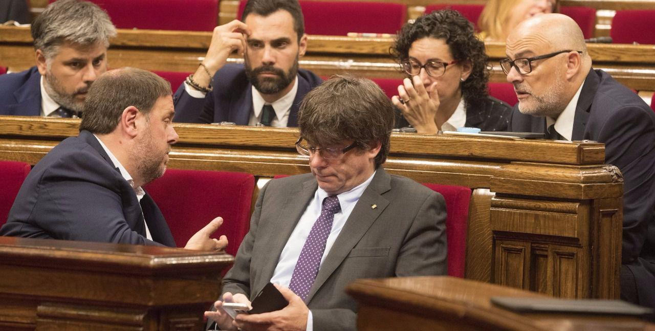 Así hemos contado el pleno que ha votado la independencia en Cataluña