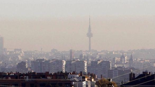 La polución daña a la salud tanto como fumar