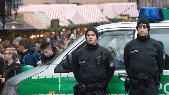 La policía alemana detona un paquete en un mercadillo navideño