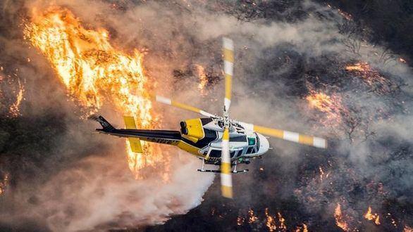 Se complica la situación en California: vientos facilitan el avance de las llamas