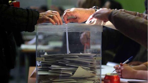 Participación histórica en unas elecciones catalanas al alcanzar el récord del 82%