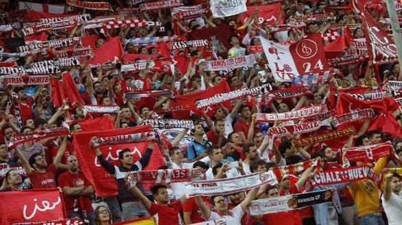 Veinticuatro detenidos en una pelea masiva entre ultras del Betis y el Sevilla