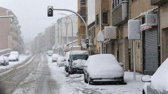 Miles de estudiantes en Castilla y León, sin clase por la nieve