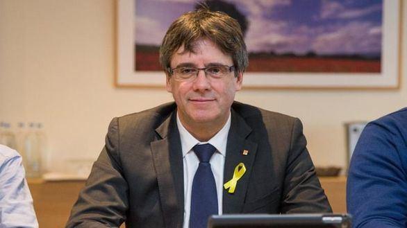 Puigdemont dice que puede gobernar igual desde Bruselas