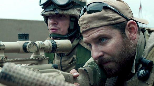 La 1 da en el blanco con El francotirador de Clint Eastwood