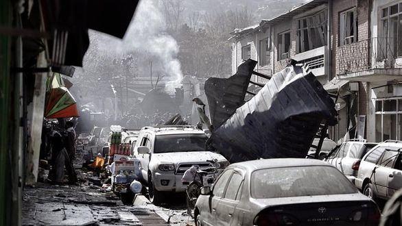 Suben a 103 los muertos y 235 los heridos tras atentado en el centro de Kabul