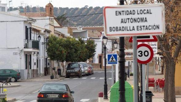 Vista de la entrada a Bobadilla, la localidad malagueña de Antequera, donde ocurrieron los hechos