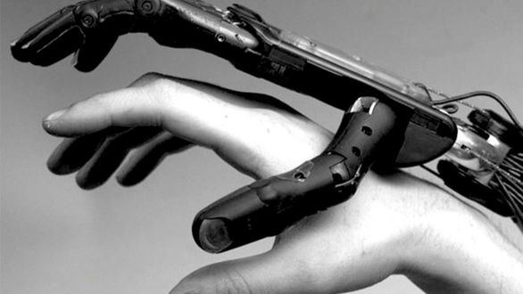 ¿Deberían los robots contribuir a financiar el Estado del bienestar?