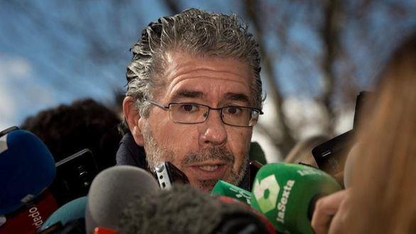 Granados dice que González dirigía la
