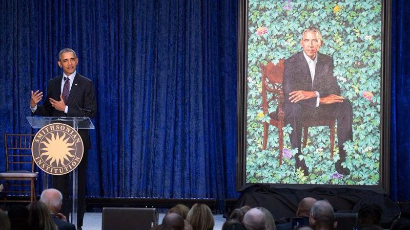 Los tuits del día. Obama presenta su retrato oficial y las redes se burlan del resultado