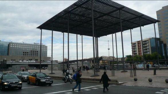 Tabarnia propone darle su nombre a la Plaza dels Països Catalans