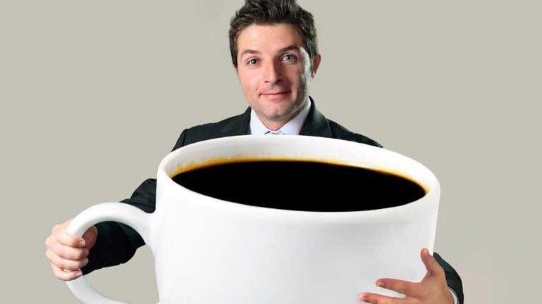 Los tuits del día. ¿Evitar el café y despreocuparse de las pensiones?