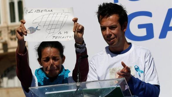 Patricia Ramírez y Ángel Cruz, los padres de Gabriel, el menor desaparecido hace once días en Níjar, esta mañana.