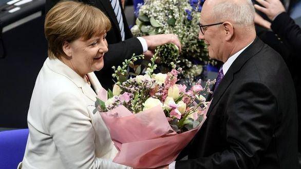 Merkel, investida canciller para un cuarto mandato