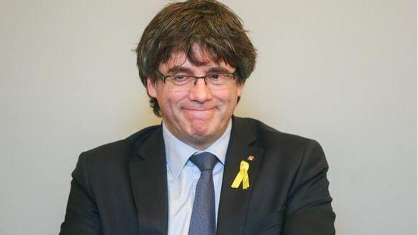 La Fiscalía apuesta por detener a Puigdemont en Suiza