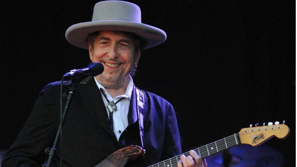 Bob Dylan asombra con su gélida ortodoxia al Auditorio Nacional en Madrid