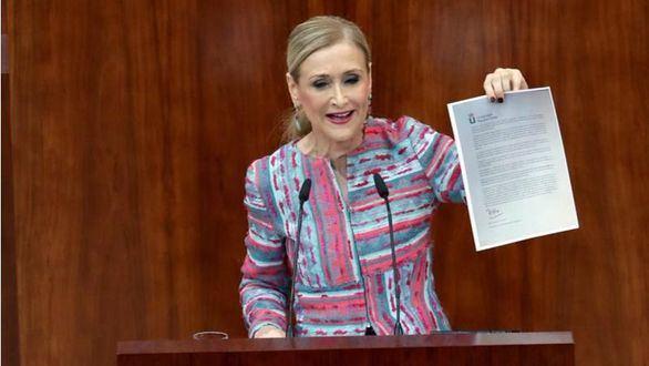 Cristina Cifuentes asegura que su máster es 'real y legal'