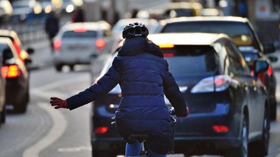 ¿Por qué se producen cada vez más accidentes de tráfico con ciclistas?