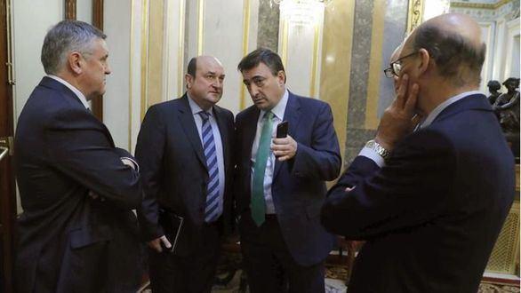 El PP arranca el apoyo del PNV con un acuerdo sobre pensiones