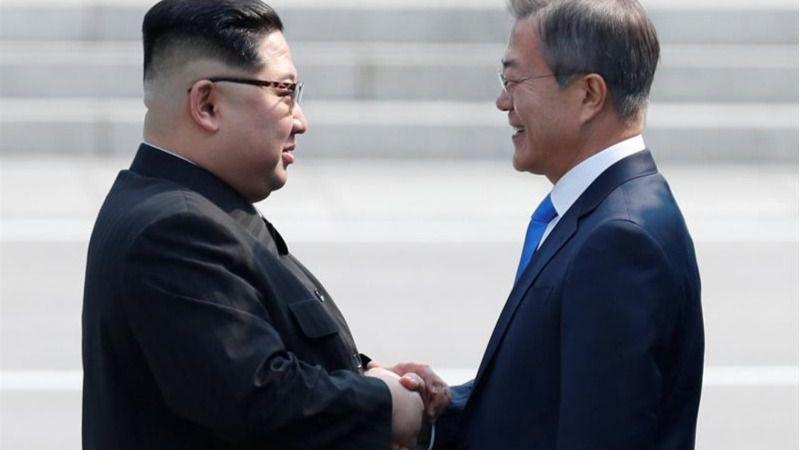 Los líderes coreanos escenifican una reconciliación histórica