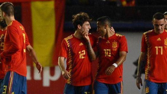 Mediaset conquista la noche con el amistoso España-Suiza y Supervivientes