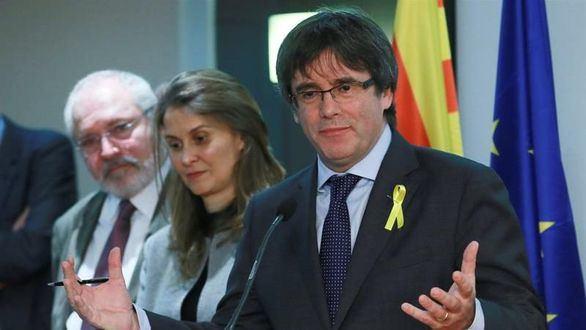 Puigdemont y los huidos se querellan contra Llarena y piden su recusación