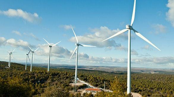 La UE fija una tasa de al menos un 32% de energías renovables para 2030