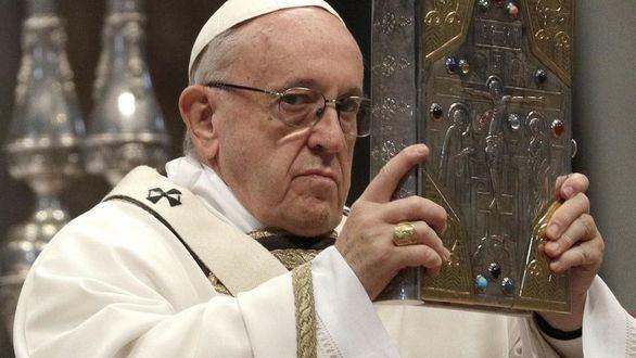 El papa Francisco compara el aborto con las prácticas del nazismo