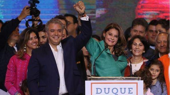 Iván Duque, candidato alineado con Uribe, nuevo presidente de Colombia