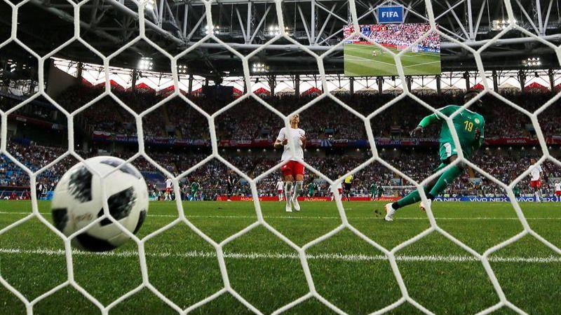 Amargo debut en un Mundial para los veteranos Lewandowski y Falcao