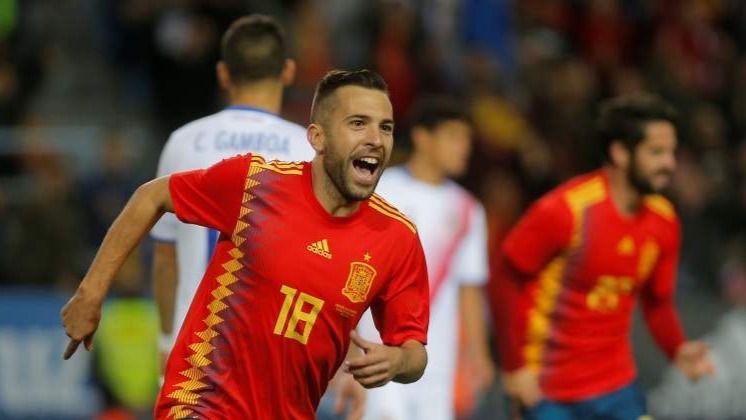 Jordi Alba: 'Hay que mejorar cosas, pero esperad un poquito antes de darnos palos'