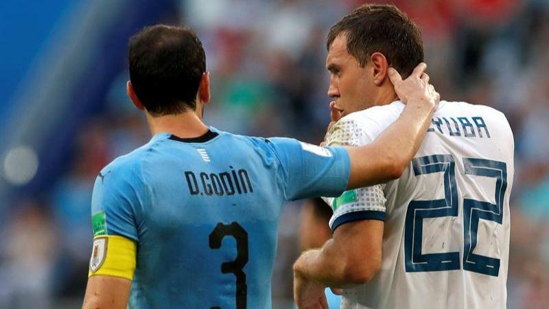 Uruguay, primera de grupo, impone su jerarquía a Rusia | 3-0