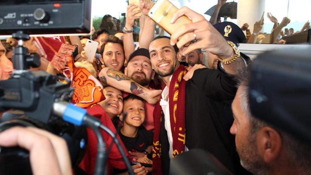 Portugal registra al Benfica, Pastore llega a la Roma de Monchi y Bielsa aterriza en Leeds