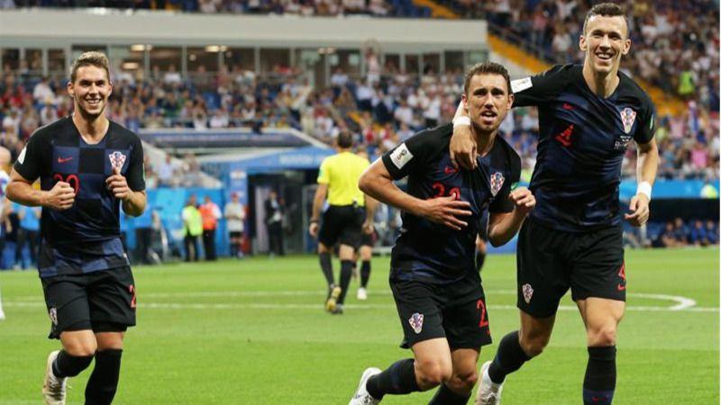 Croacia hace pleno e Islandia se despide con honor |1-2