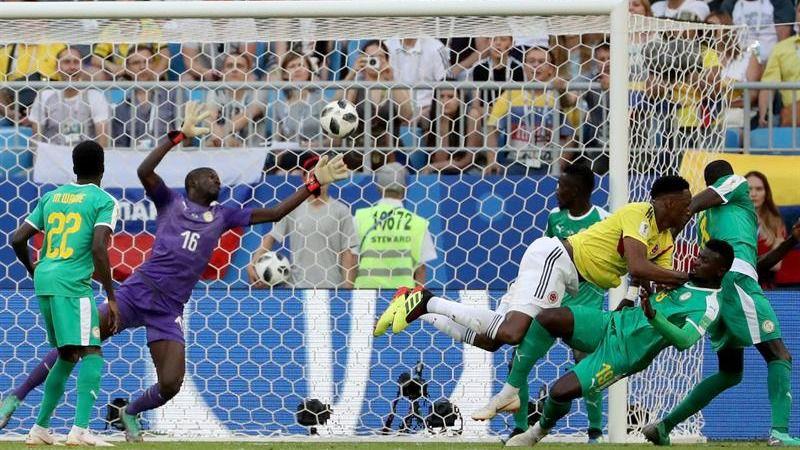 Ospina y Mina meten a Colombia en octavos | 0-1