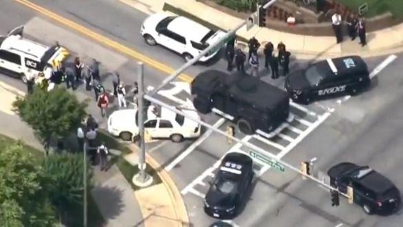 Cinco muertos por un tiroteo en un periódico local cerca de Washington