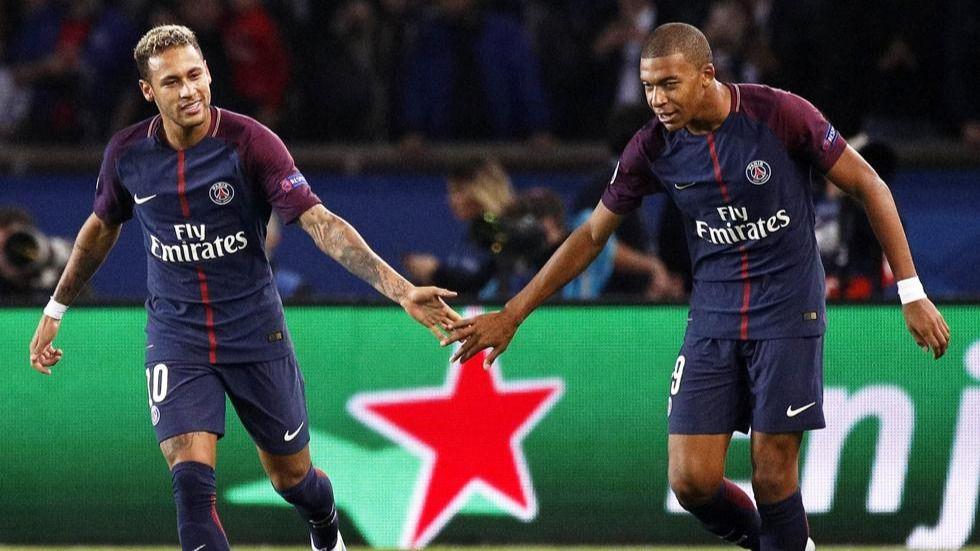 Los fichajes de Neymar y Mbappè del PSG, bajo sospecha y Reina es absuelto como camorrista
