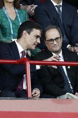 Pedro Sánchez y Quim Torra durante la inauguración de los Juegos del Mediterráneo