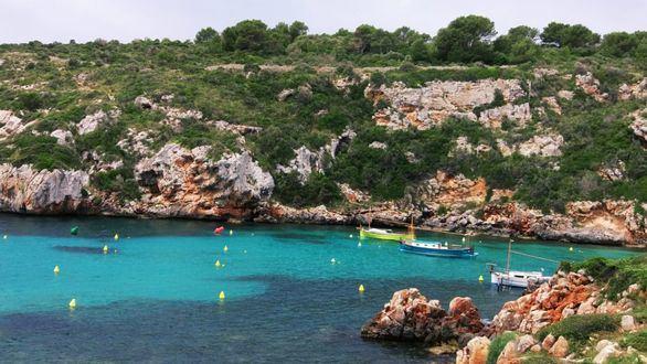 Menorca: mucho más que calas y avarcas
