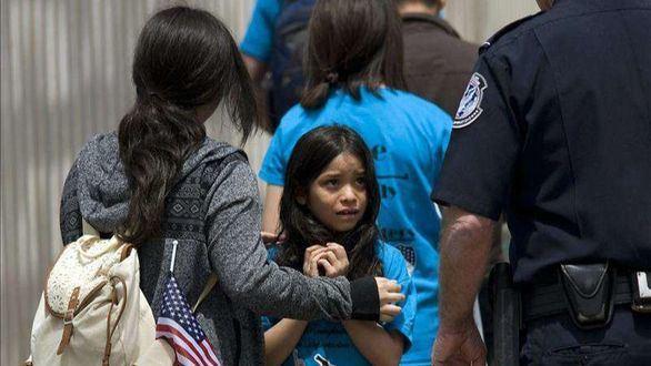 Este es el relato de la niña que da voz al drama de las familias separadas por Trump