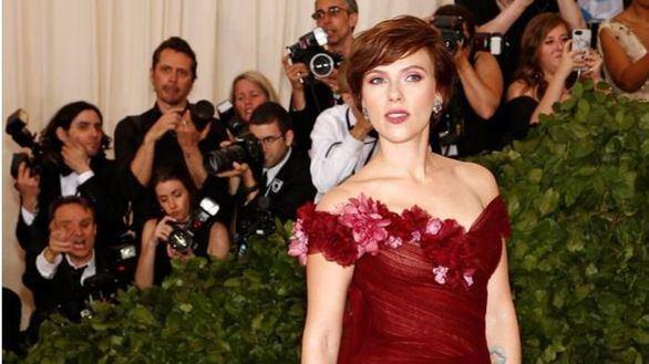 Scarlett Johansson renuncia a un papel transexual por las críticas del colectivo LGTB
