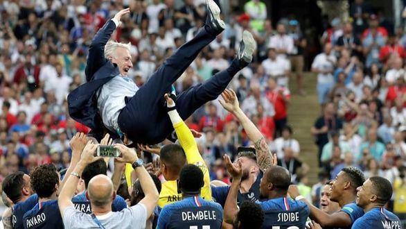 Deschamps iguala a Beckembauer y Zagallo como jugador y entrenador campeón del Mundial