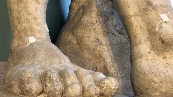 La Real Academia de Bellas Artes denuncia que las obras dañan al 'Hércules Farnese'