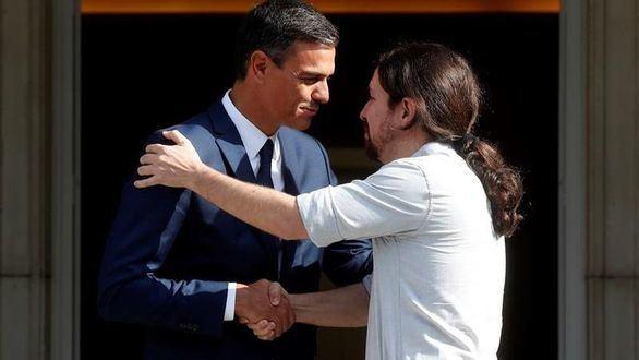 Iglesias se ofrece a cogobernar con el PSOE desde el Parlamento