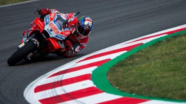 GP de San Marino. Lorenzo vuela y Márquez cede terreno en la parrilla